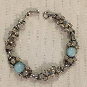 Jewelry - Vintage silver-tone bracelet with light blue stone